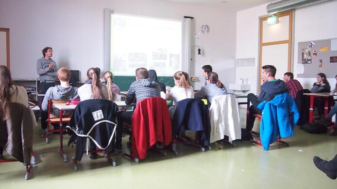 School visit AGI 22.5.15 2