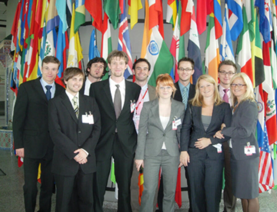 Innsbrucker Delegation bei Vienna Model United Nations 2006 (VIMUN)