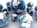 Symbolbild: mehrere Weltkugeln