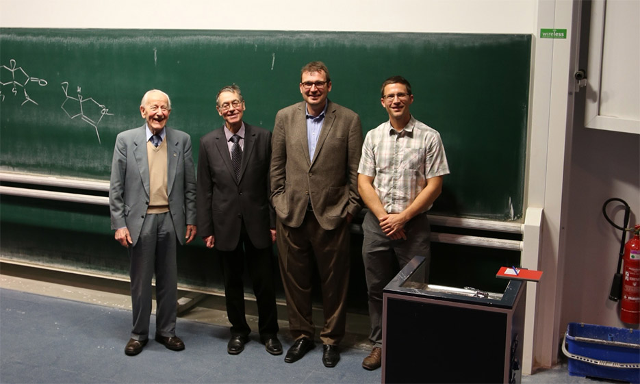 "The ""Huisgen-Family"" (Prof. Mulzer visit LMU, Nov 2013)"