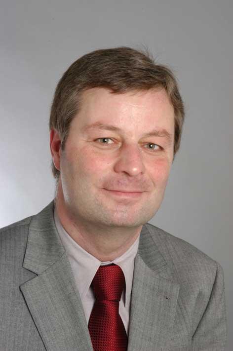 Karl Gerhard - Karl Gerhard Och En Flygel